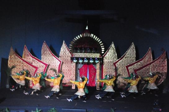 Tari garak Kambang